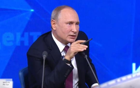 Путин дал интервью 17-летней девушке, мечтающей стать журналистом
