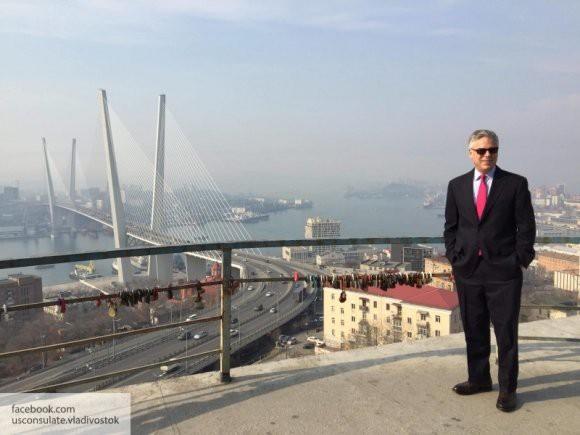 Американский посол настаивает на нормализации отношений с Россией
