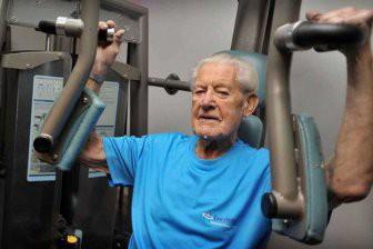 Физические упражнения улучшают здоровье мозга в пожилом возрасте
