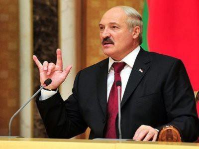 Лукашенко рассказал про «мерседесы», «бабло» и «телок»