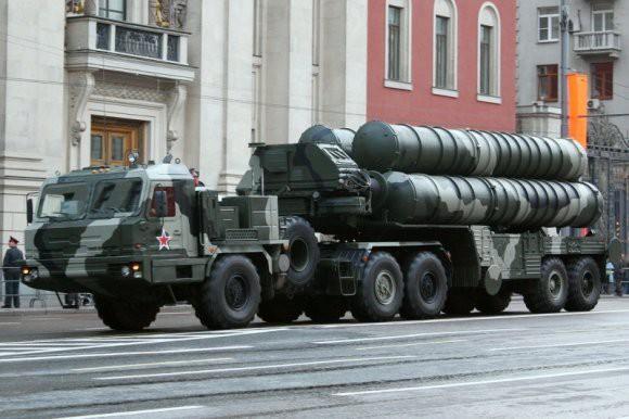 Китайские военные успешно провели стрельбы приобретенными у РФ С-400