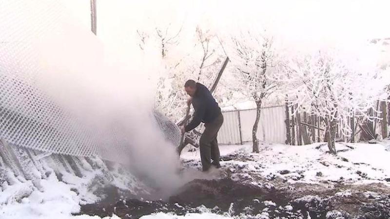 В Башкирии из-под земли валит белый дым