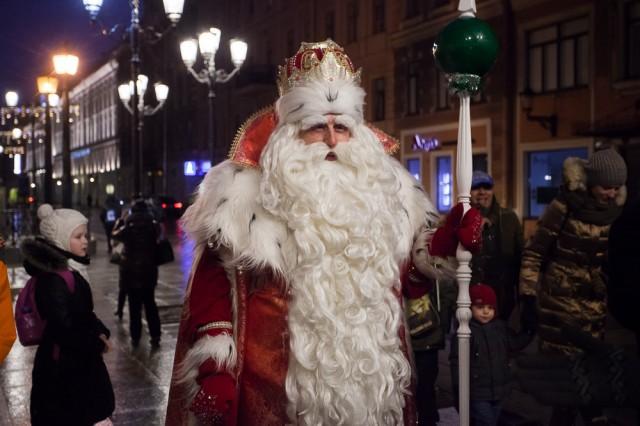 22 декабря 2018 Дед Мороз на Дворцовой площади Петербурга