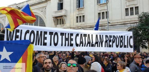 Париж переехал в Барселону: Испанию сотрясают массовые антиправительственные митинги