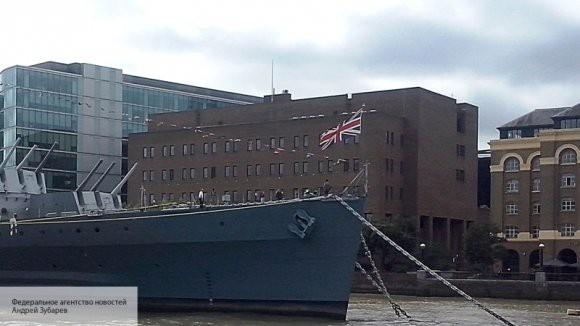 В Киеве придумали новую провокацию с участием британского корабля