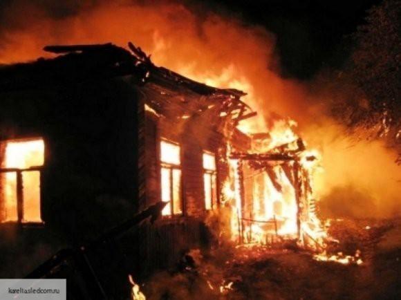Мужчина прямо в домашних тапочках спас из огня троих малышей