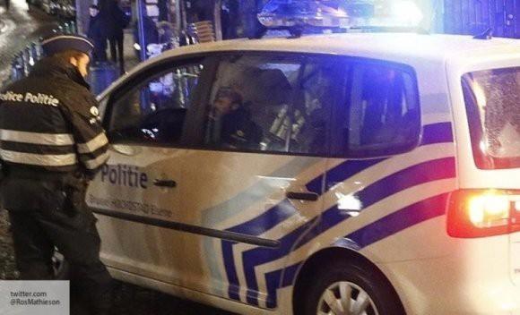 В Брюсселе неизвестный открыл огонь по витрине ресторана