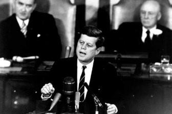 Джон Кеннеди боялся, что Россия «убьет» Санта-Клауса