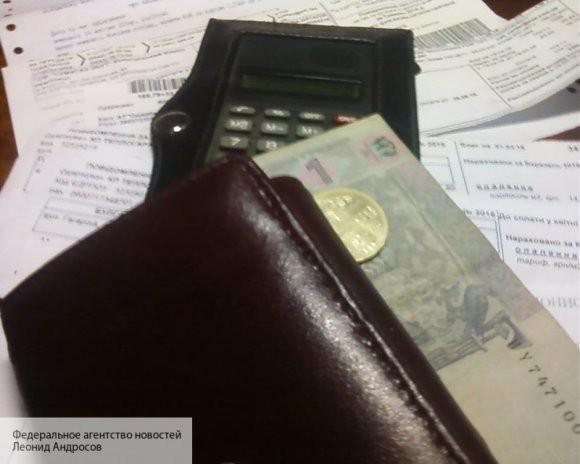 СМИ: Украине не хватает средств на выдачу зарплаты учителям