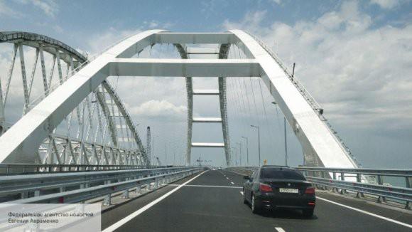 На Крымском мосту появилась защита от возможного столкновения с судами