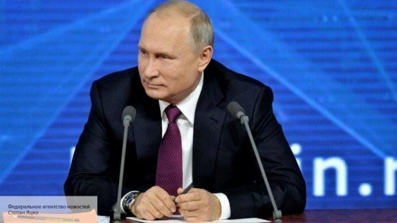 Владимир Путин подписал закон, который защищает журналистов в горячих точках