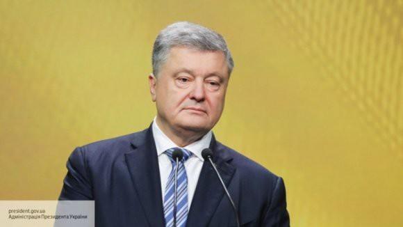 Украинский эксперт: Порошенко оказался в патовой ситуации из-за инцидента в Керченском проливе