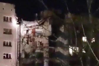 В Магнитогорске при взрыве газа обрушился подъезд дома