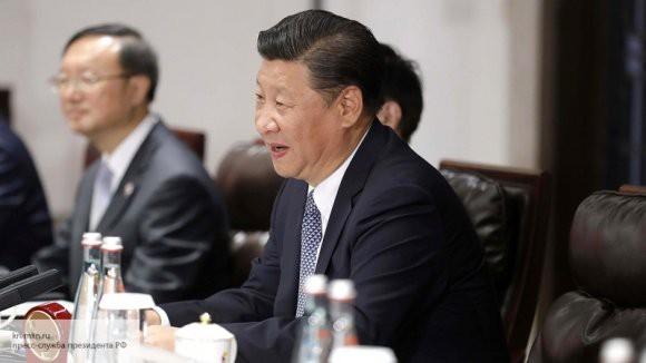 Си Цзиньпин отправил поздравительную телеграмму Путину