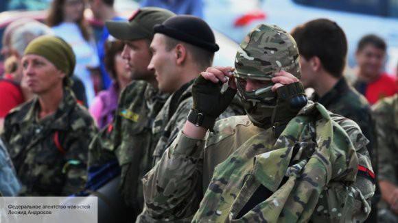 «Привычная дикость»: Гаспарян оценил праздничное построение ВСУ