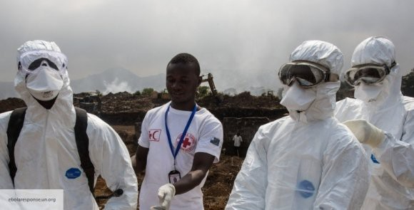 Онищенко: опыт России поможет в борьбе с лихорадкой Эбола в Африке