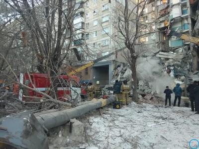 Взрыв дома в Магнитогорске 31.12.2018 подробности трагедии, обрушил подъезд, жертвы, фото с места ЧП, видео