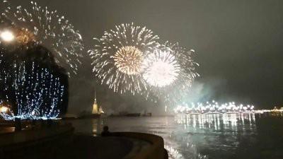 В Санкт-Петербурге прогремит новогодний салют