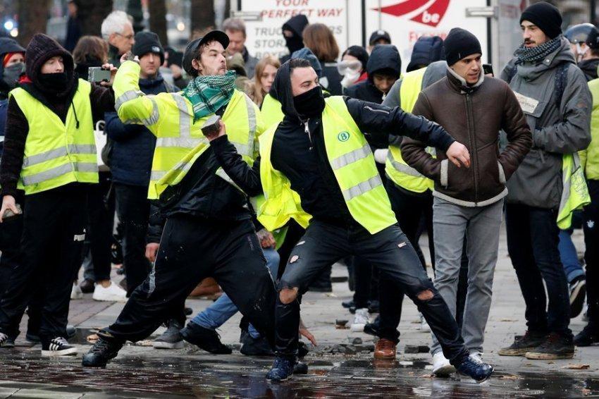 """""""Желтые жилеты"""" во Франции: что на самом деле скрывается за беспорядками?"""