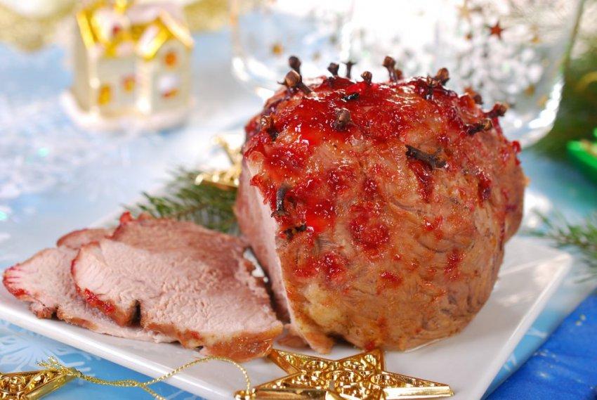Можно ли готовить и есть свинину на Новый год 2019 — подробности