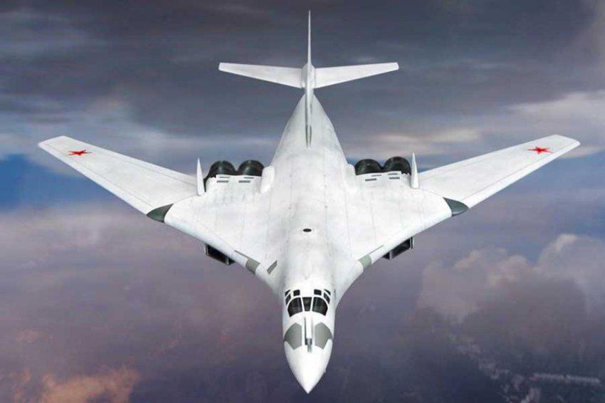Эксперт поставил на место политика, который назвал российские Ту-160 музейными экспонатами