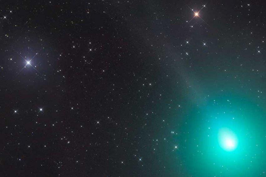 Астрономы: 15 декабря с Землей сблизится небольшая комета