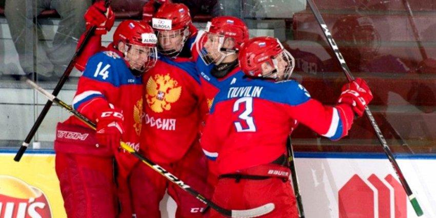 Юниоры России вышли в полуфинал Мирового кубка вызова