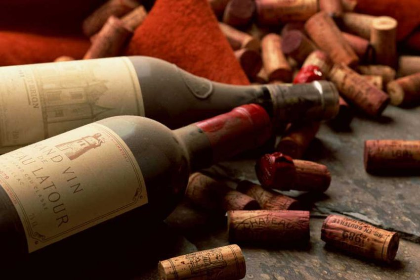Учёные узнали, почему выдержанное вино может невкусно пахнуть