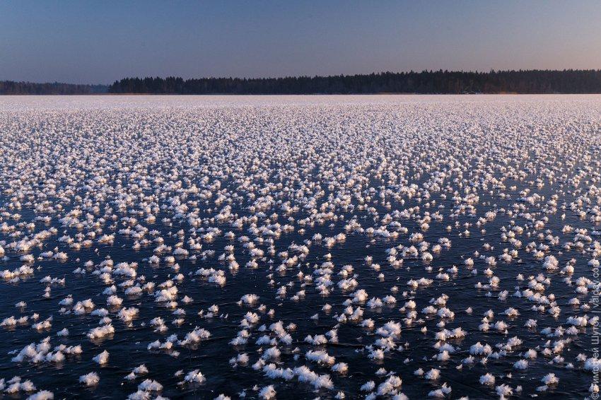 Очень редкое и красивое явление засняли на Валдайском озере