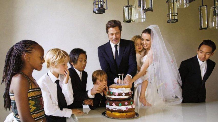 Анджелина Джоли подарила Брэду Питту на 55-летие день с детьми