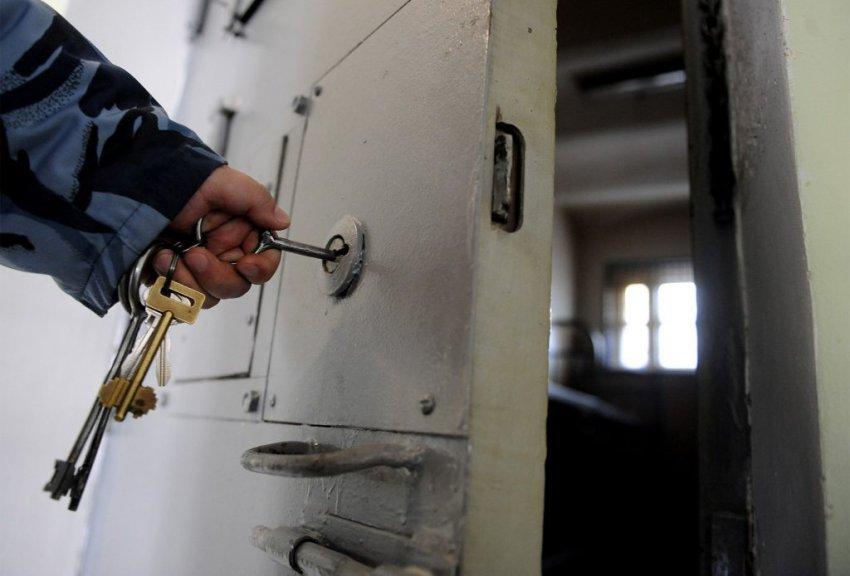 Двух чеченских геев убили выстрелами в затылок в тюрьме