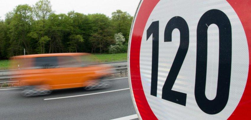 До 110 и 130 км/ч хотят повысить лимит скорости на Российских дорогах