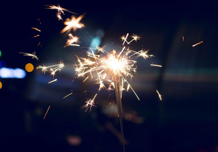 Поздравления с Новым 2019 годом Свиньи (Кабана) коллегам: официальные и прикольные