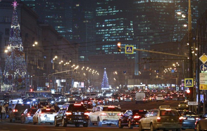 В Москве начала действовать нейронная сеть фиксации нарушений ПДД