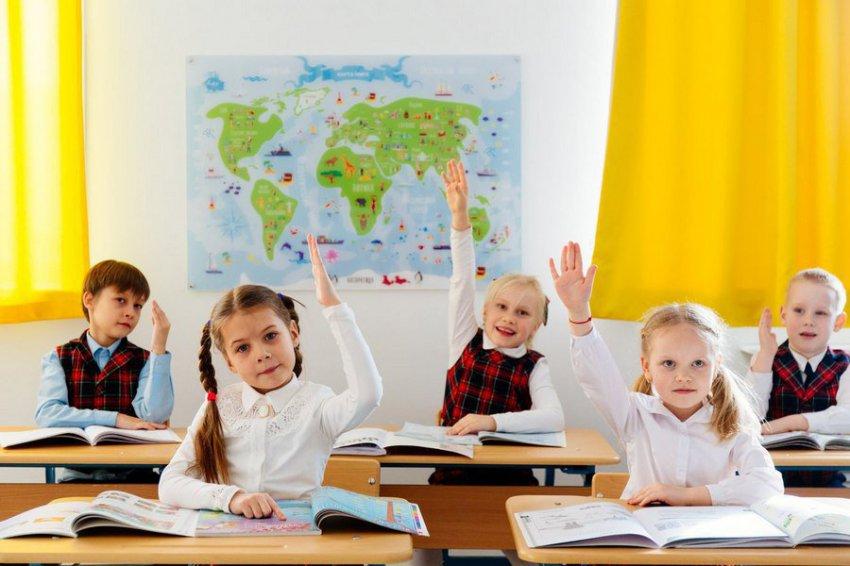 Исаак Калина рассказал о проблемах, которые удалось решить Департаментом образования и науки Москвы