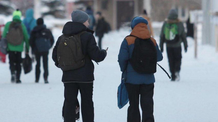 Отмена занятий в школах Магнитогорска на сегодня — новости, до какого числа