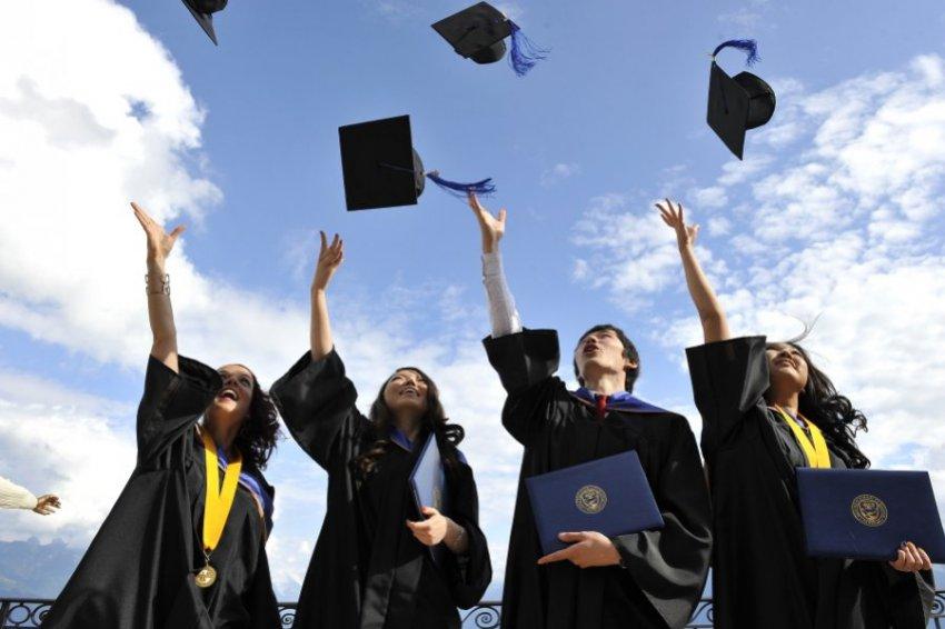 В будущем мы перестанем делить среднее образование на основное и дополнительное – Исаак Калина