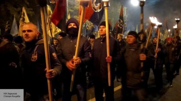В украинской столице проходит факельное шествие в честь Бандеры