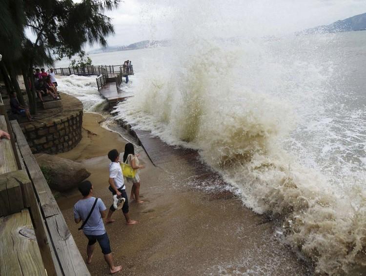 Тайфун в Тайланде 3 января 2019 - последние новости, видео