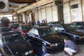 В Болгарии обнаружен забытый склад с новыми автомобилями BMW