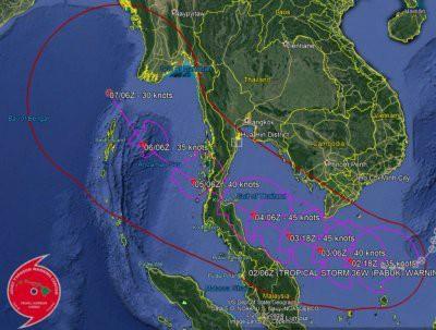В Тайланде проходит эвакуация туристов из-за урагана Пабук