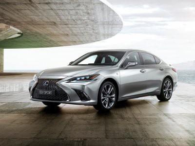 Lexus может возродить спорт-седан IS F