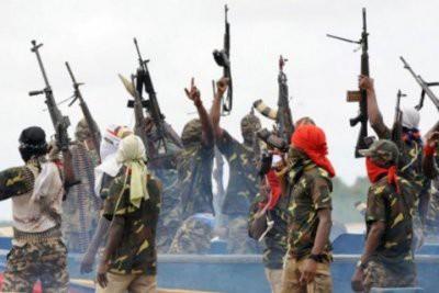 Пираты похитили шесть моряков с судна у берегов Бенина