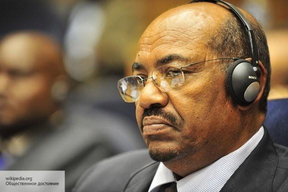 Здесь торчат американские уши: эксперт объяснил, почему президент Судана опасается «цветной революции» из-за сотрудничества с Россией