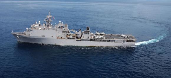 ВМС США направили десантный корабль в Черное море