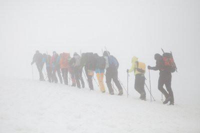 Спасатели нашли лыжников, потерявшихся на Эльбрусе