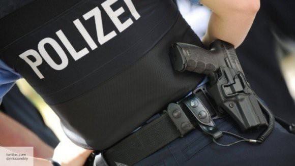 Полиция в Германии разыскивает напавшего на депутата преступника