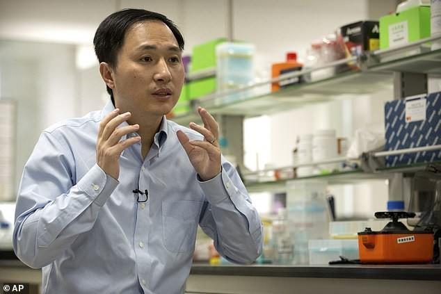 Китайскому ученому, изменившему ДНК младенцев, грозит смертная казнь