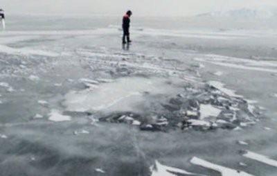 Автомобиль пропавших рыбаков нашли на дне бухты в Хабаровском крае