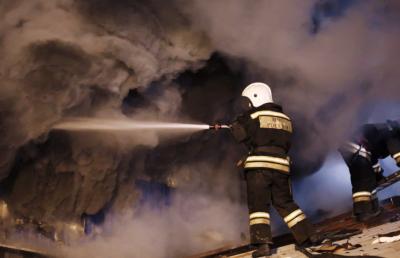 Шесть человек погибли при пожаре в Кемеровской области